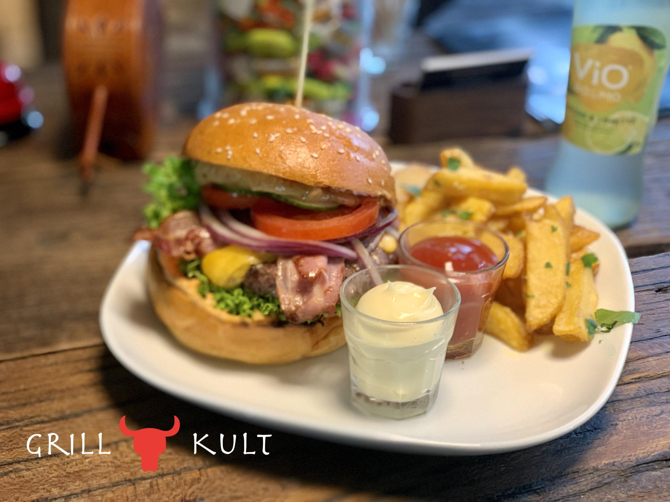 Grillkult Burger mit Logo